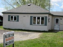 3 Bedroom Bedrooms, ,-1 BathroomBathrooms,House,For Sale,1060